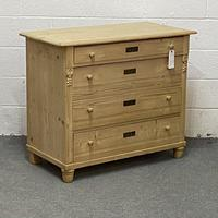 Old Pine Chest of Drawers (3 of 5)
