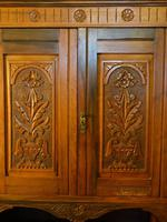 Well Carved Late Victorian Walnut Wardrobe (4 of 5)