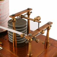 Edwardian Oak Cased Barograph (2 of 8)