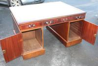 1960's Mahogany Pedestal Partners Desk with Green Leather Top. (6 of 6)