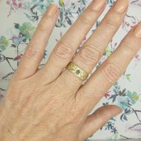 Vintage 9ct Solid Gold Engraved Wedding Band Dated London 1969~ Etched Ring (5 of 11)