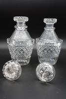 Good Pair of Regency Period Cut Glass Decanters (2 of 4)
