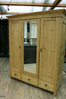 Superb! Old Triple Door 'Knock Down' Pine Combination Wardrobe - We Deliver! (11 of 11)