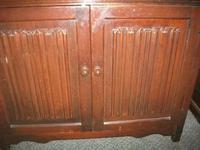 Two Drawer Linenfold Dutch Dresser (4 of 4)