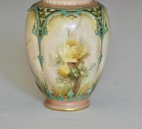 Late 19th Century Hadley Worcester Vase & Cover Painted with Yellow Roses (4 of 9)