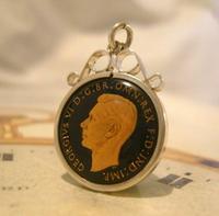Vintage Pocket Watch Chain Silver Fob 1943 WW2 Multi Enamel Farthing Coin Fob (6 of 8)