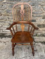 Pair of Antique Broad Arm Windsor Chairs (19 of 28)