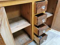 Glazed housekeeper's cupboard (5 of 6)