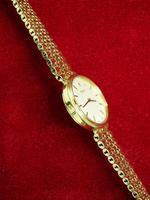 Ladies Gold Rolex Wrist Watch (5 of 5)