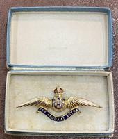 9ct Gold Boxed with Dedication RAF Brooch 1918
