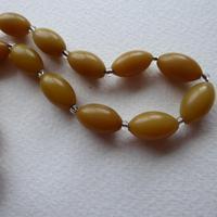 Butterscotch Bakelite Bead Necklace (4 of 7)