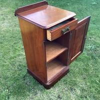 Victorian Mahogany Bedside Cabinet (2 of 4)