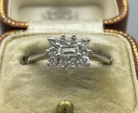 18ct White Gold Diamond Cluster Ring (6 of 14)