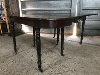 Regency concertina dining table (2 of 13)
