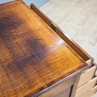 Oak Knee-hole Desk (3 of 9)