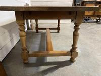French Bleached Oak Farmhouse Table Nice Thick Top (2 of 14)