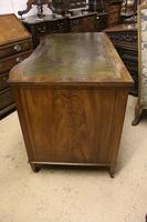 Mahogany Kneehole Desk (2 of 5)