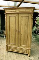 Fabulous Old Pine Cupboard / Double Wardrobe - Option of Shelves (5 of 11)