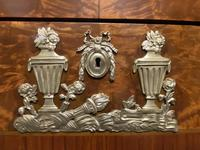 Finest Quality French Antique Commode Chest of Drawers (14 of 32)