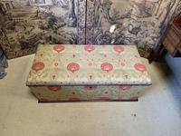 Superb Country House Ottoman (2 of 8)