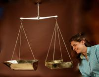 Frisian Brass Free Hanging Balance Beam Scales (10 of 10)