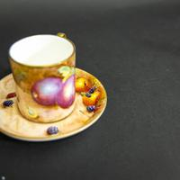 Royal Worcester Coffee Can & Saucer (2 of 13)