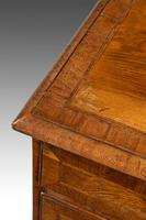 George II Period Walnut Chest of Drawers (4 of 5)