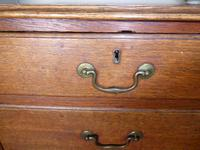 English 18th Century Oak Chest of Drawers (2 of 9)