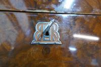 Fine Quality Burr Walnut Humidor Made by Boisseliers du Rif (10 of 12)