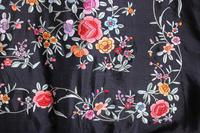 Early 19th Century Chinese Embroidered Silk Piano Shawl (13 of 15)