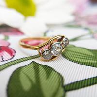 Antique Art Deco 18ct Gold & Diamond Three Stone Bypass Ring (4 of 7)