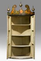 Late 18th Century Dutch Painted Corner Cupboard (5 of 7)