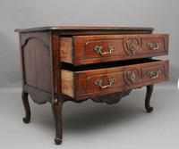 Early 19th Century French walnut commode (3 of 8)