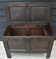 Handsome 17th Century Small Proportioned Oak Panelled Coffer c.1680 (7 of 13)