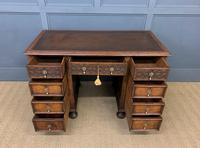 Good Carved Oak Pedestal Desk (11 of 18)