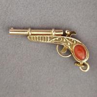 Victorian 18ct Gold Colt Pistol / Gun Pendant (3 of 8)