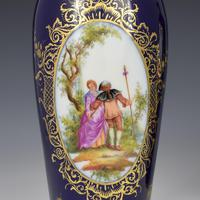 Pair of Large Dresden Porcelain Vases & Covers c.1880 (7 of 12)
