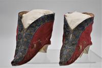 Pair 19th Century Chinese Bound-feet Silk Shoes (2 of 6)
