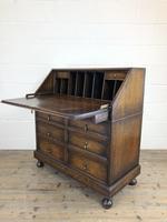 Early 20th Century Antique Oak Geometric Bureau (M-1657) (12 of 17)