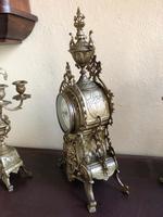 Antique French Gilded Bronze 8 Day Striking Garniture Set / Mantel Clock (8 of 9)