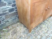 Heals Cottage Dresser (13 of 14)