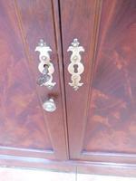 Mahogany Flame Astral Glazed Corner Cupboard 1780 (7 of 10)