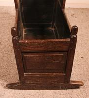 18th Century English Cradle in Oak (3 of 14)