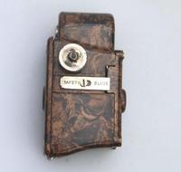 A Scarce Novelty Miniature Antique Photography Coronet Midget Spy Camera C.1930 (2 of 6)