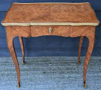 Exceptional Quality 19th Century French Kingwood Writing Table/ Lamp Table/ Centre Table. (15 of 15)