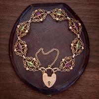 Antique Edwardian Padlock Bracelet 9ct Gold Garnet Peridot c.1902 Ernst Gideon Bek Boxed (3 of 8)