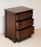 Small Proportioned Oak Chest of Drawers (9 of 10)