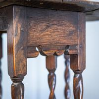 Early 18th Century Drop Leaf Table (7 of 10)