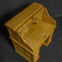Small Oak Roll Top Desk (7 of 12)