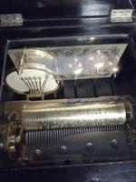 Swiss  Orchestral Music Box, Fully Reconditioned (8 of 9)